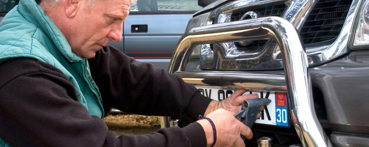 Jak wyrejestrować samochód bez złomowania?